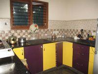 11NBU00025: Kitchen 1