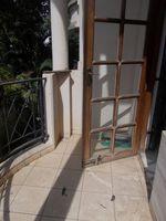 12DCU00232: Balcony 5