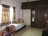 10J7U00302: Bedroom 2