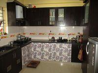 10J7U00302: Kitchen