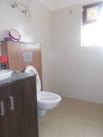 11DCU00096: Bathroom 2