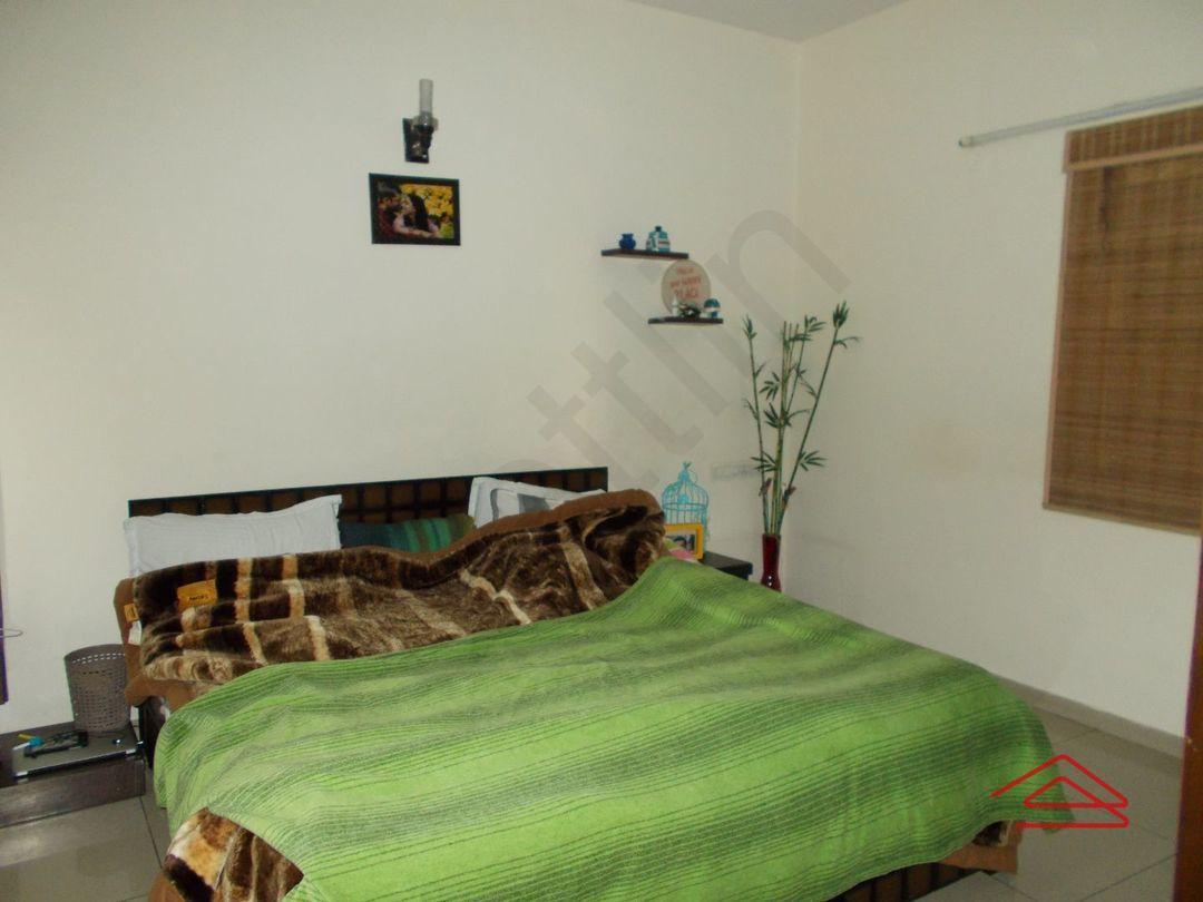 13J1U00179: Bedroom 1