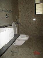 14NBU00438: Bathroom 2