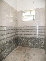 13OAU00329: Bathroom 2
