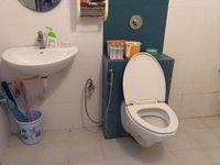 11S9U00024: Bathroom 2