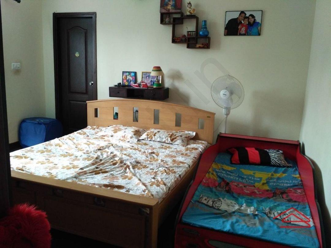 11S9U00024: Bedroom 1