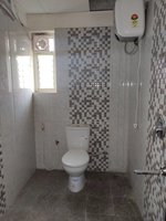13DCU00101: Bathroom 5