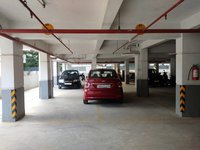 13DCU00101: Parking1