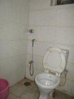 15S9U00451: Bathroom 1