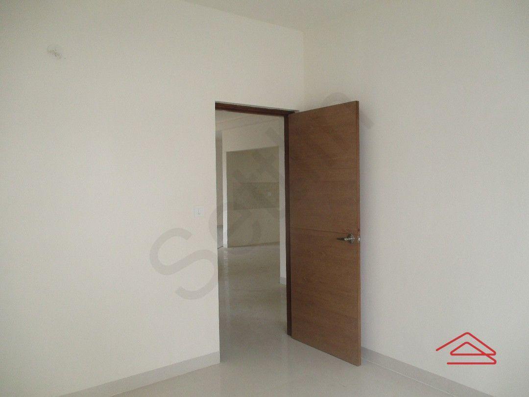 13M3U00343: Bedroom 1