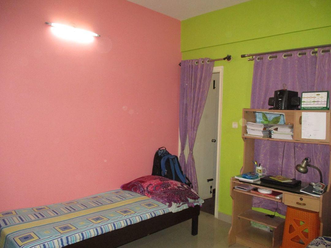 10M5U00183: Bedroom 1