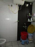 15J1U00050: Bathroom 1