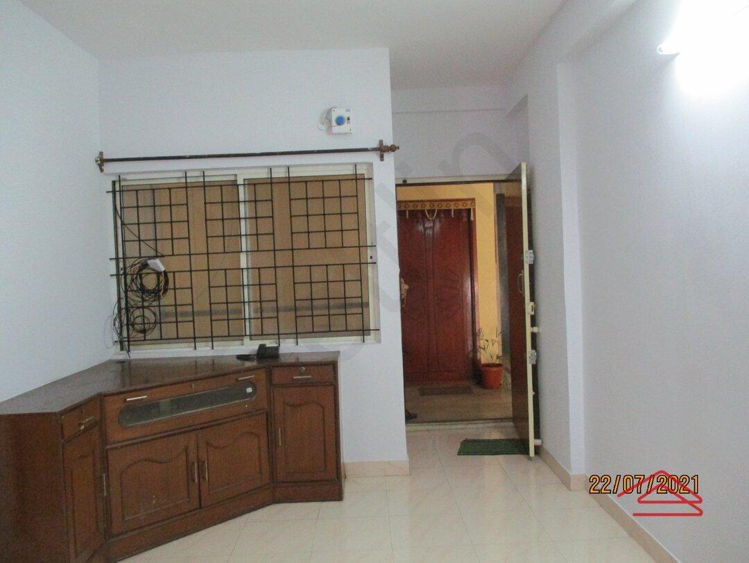 15J7U00202: Bedroom 1