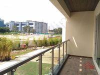 13J1U00027: Balcony 1
