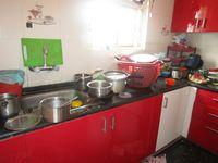 13M5U00228: Kitchen 1