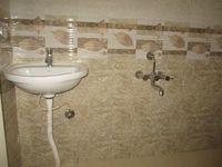 12J1U00266: Bathroom 1