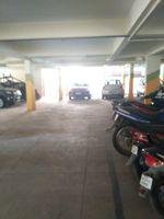 12J1U00266: parking 1