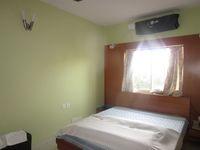 13M5U00566: Bedroom 1