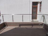 15F2U00049: Balcony 1