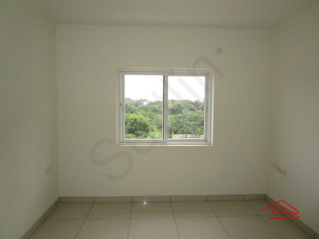 14S9U00355: Bedroom 1