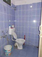 13OAU00265: Bathroom 2