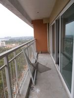 13A4U00321: Balcony 1