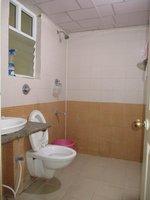 14J1U00326: Bathroom 1