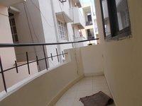 13OAU00090: Balcony 1
