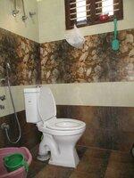 Sub Unit 15OAU00142: bathrooms 1