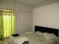 10J6U00172: Bedroom 2