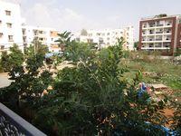 13M5U00649: Balcony 2