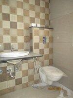 15J7U00436: Bathroom 3