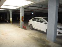10J6U00351: parking 1
