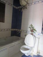 13M5U00521: Bathroom 2