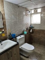 15J1U00110: Bathroom 1