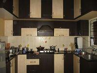 007: Kitchen