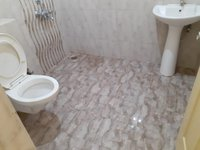 14J1U00421: Bathroom 2