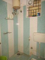 11OAU00180: Bathroom 1