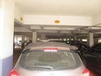 11OAU00180: parking 1