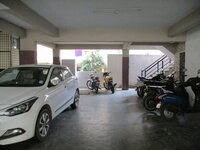 Sub Unit 14S9U00330: parkings 1