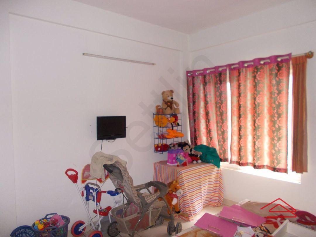 11NBU00730: Bedroom 1
