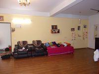 11NBU00730: Hall 1