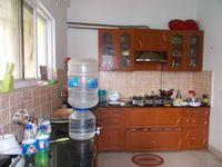 11NBU00730: Kitchen 1