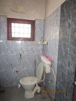 11NBU00679: Bathroom 1