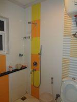 12DCU00083: Bathroom 3