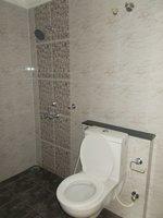 13S9U00156: Bathroom 1