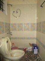15F2U00201: Bathroom 1