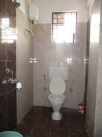14S9U00147: Bathroom 2