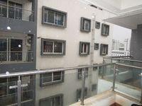 13M5U00344: Balcony 1