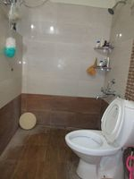 13M5U00344: Bathroom 2